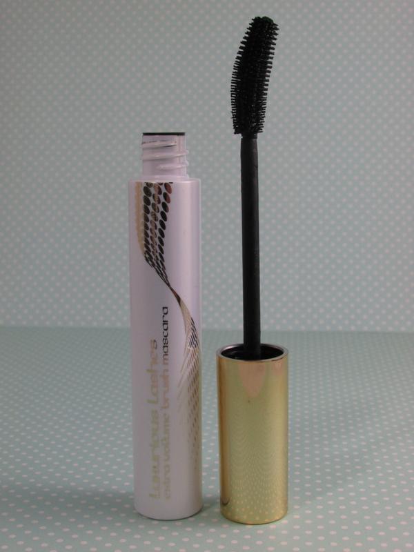 kiko luxurious lashes extra volume brush mascara wand