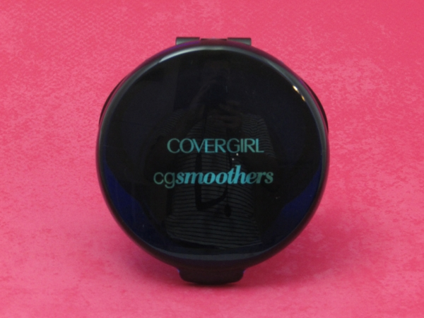 A BEAUTIFUL & SMOOTH COMPLEXION WITH COVERGIRL CG SMOOTHERS